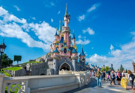 Family holidays to Disneyland Paris with Cassidy Travel